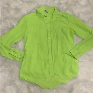 NWOT Kut from the cloth neon button down